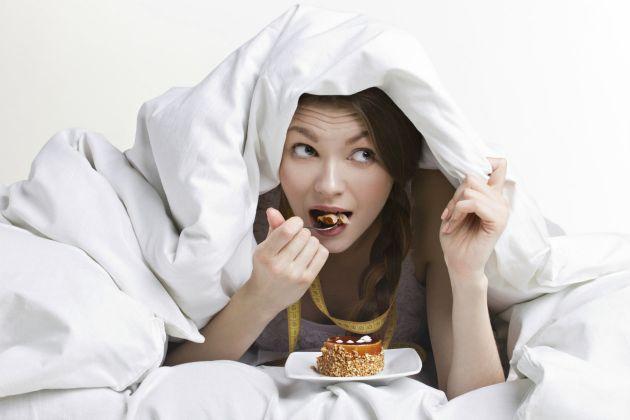Alimentos que no deberías comer de noche